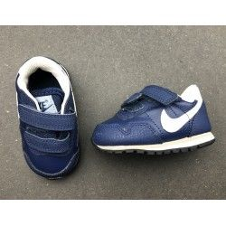 Baskets Sneakers Nike p.18.5